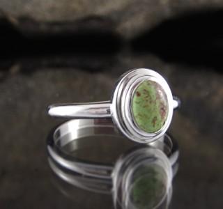 Gaspeite Ring