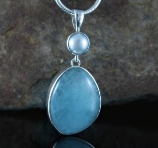 Pearl & Aquamarine Pdt Lge