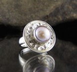 Apricot Pearl Ring