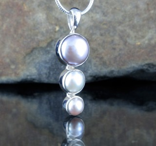 Multi- coloured Pearl Pendant