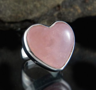 Rose Quartz Heart Ring